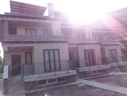 Complesso appartamenti – Roma